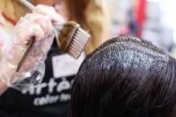 Кольорове ламінування волосся