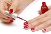 Як нафарбувати нігті лаком