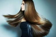 Кератиновое відновлення волосся
