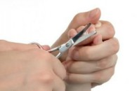 Коли стригти нігті