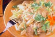 Макарони з гарбузово-грибним соусом