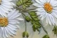 Майстер-класи з вишивки стрічками кольорів (маки, ромашки, конвалії, півонії, бузок)