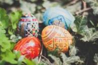 Як пофарбувати яйця на пасху. Натуральні барвники