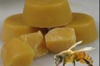 Бджолиний віск для догляду за шкірою обличчя