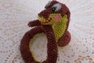 Плетіння витонченої змії з бісеру