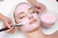 Підтягують маски для обличчя в домашніх умовах