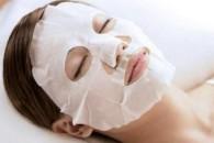 Зволожуюча маска для обличчя